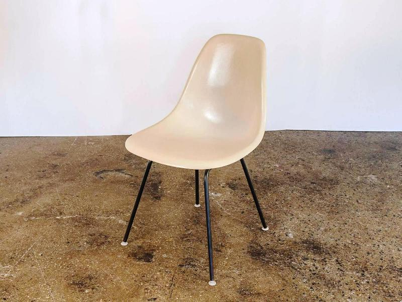 Eames Shell Chair Base