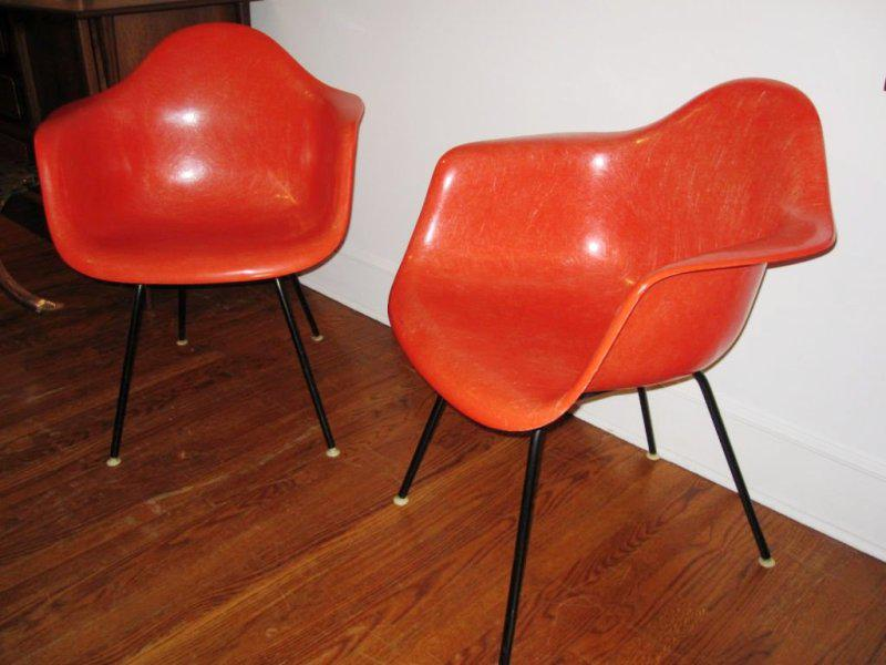 Eames Shell Chair Replica