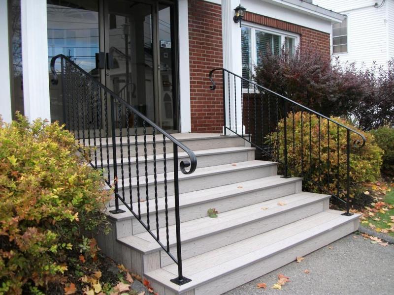 Exterior Stair Railings Design