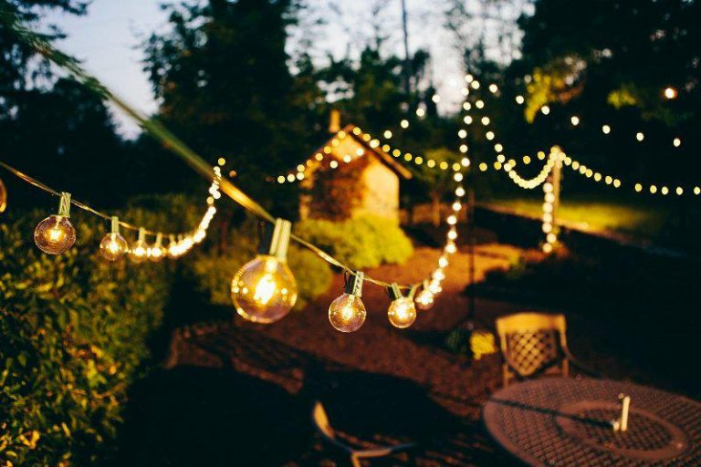 Simple Commercial Outdoor String Lights
