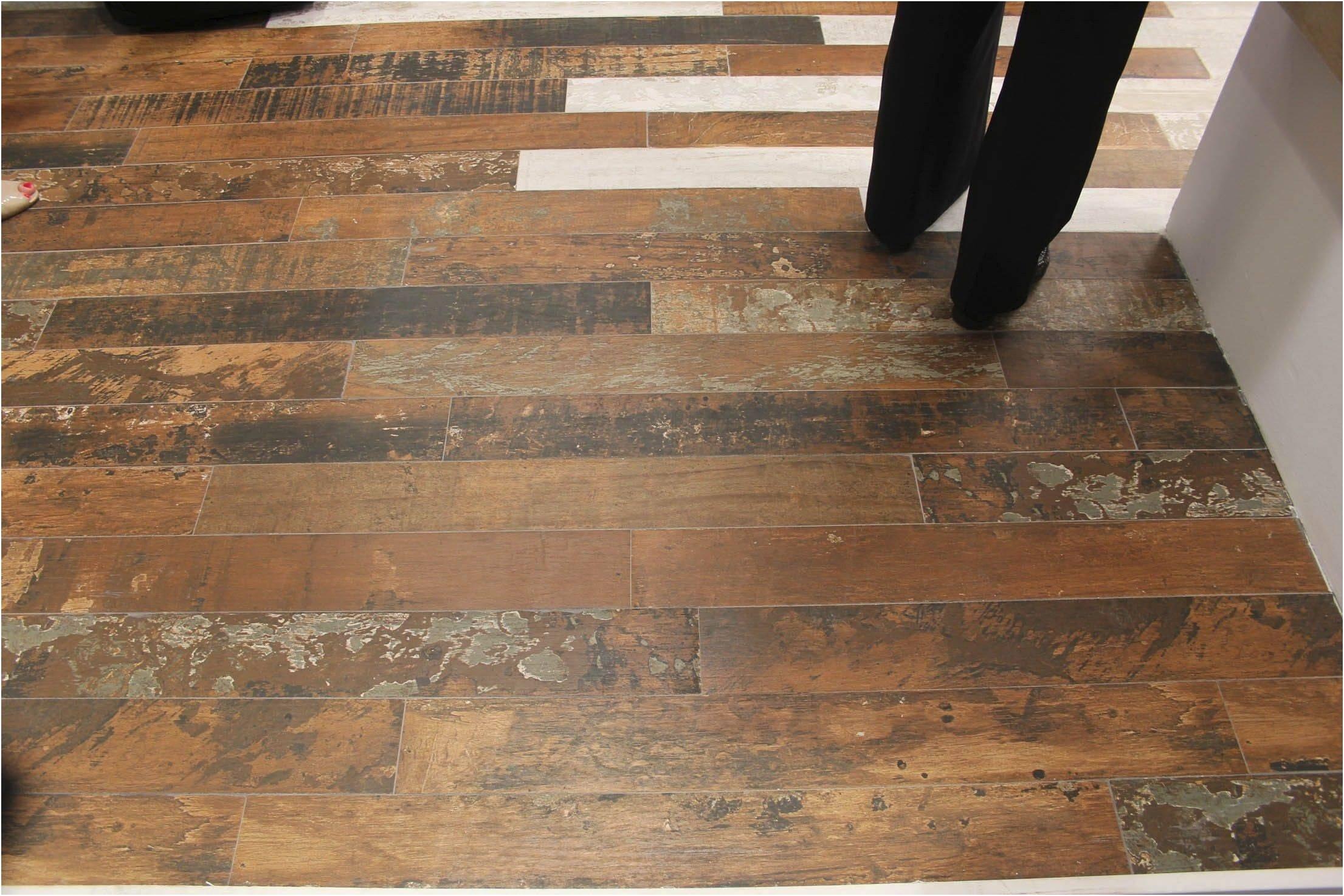 Linoleum That Looks Like Distressed Wood