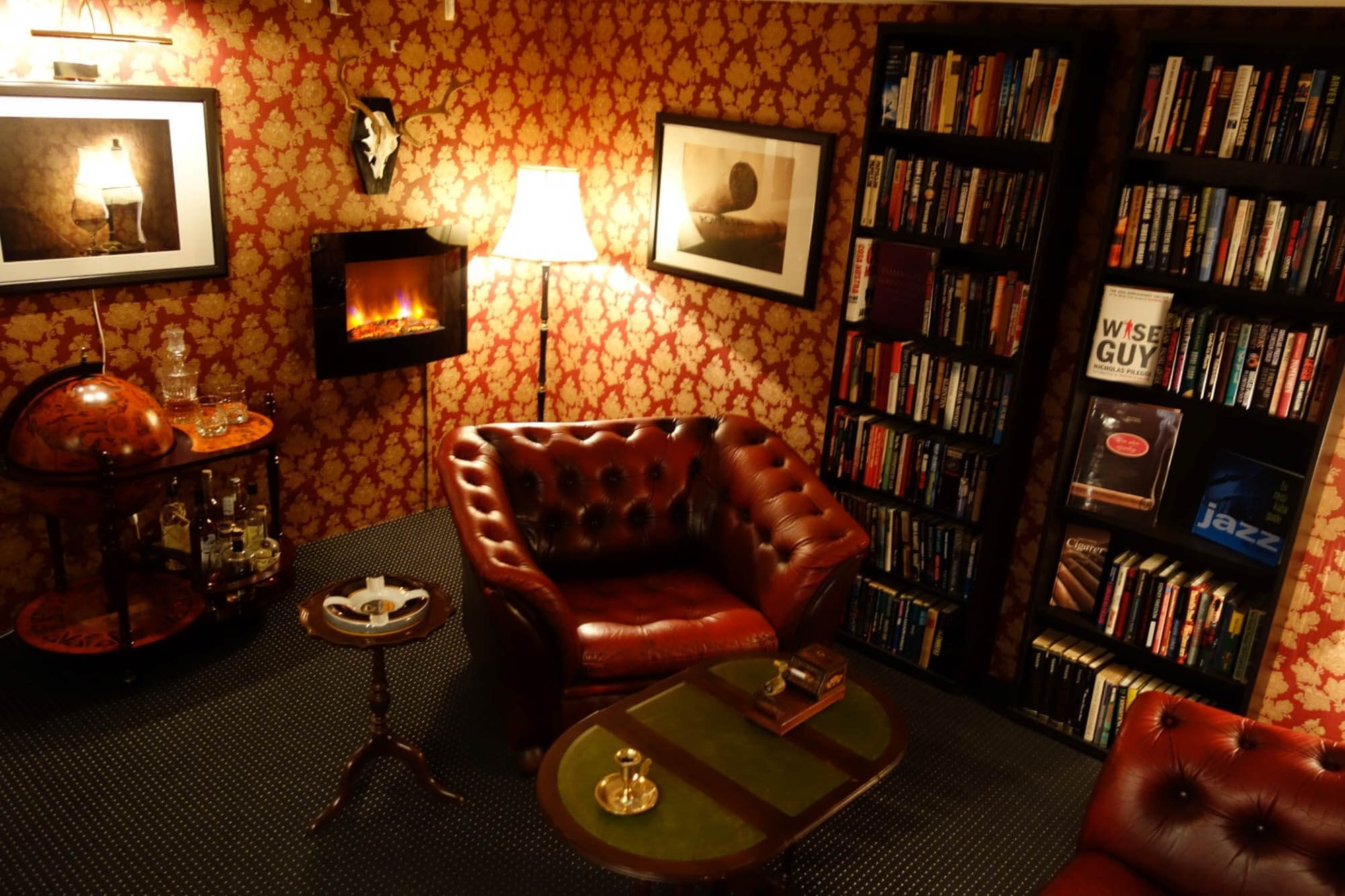 Amazing Awesome Man Cave Chairs Decorating Idea Madison Art Center Ibusinesslaw Wood Chair Design Ideas Ibusinesslaworg