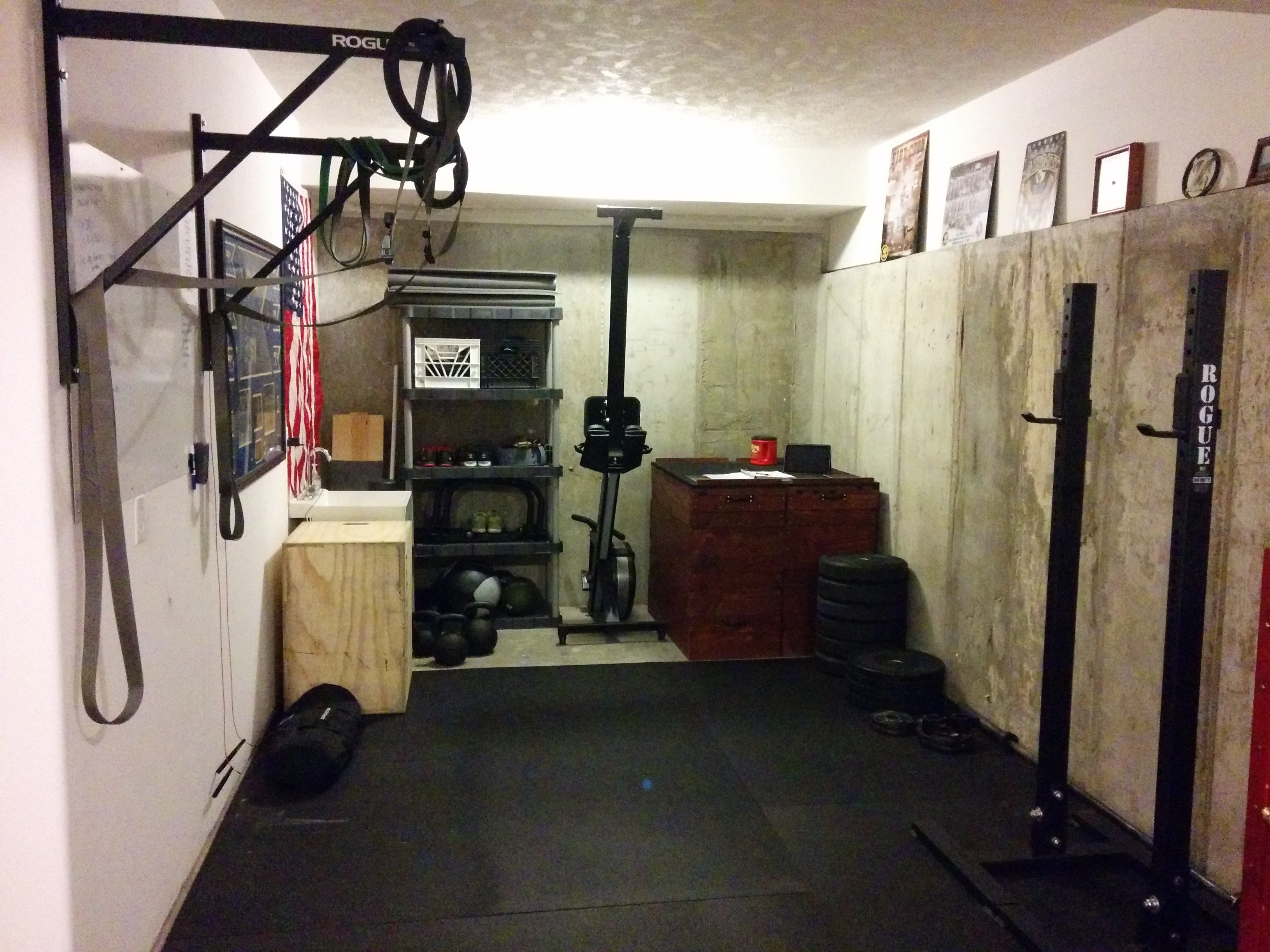 Simple garage gym ideas u madison art center design
