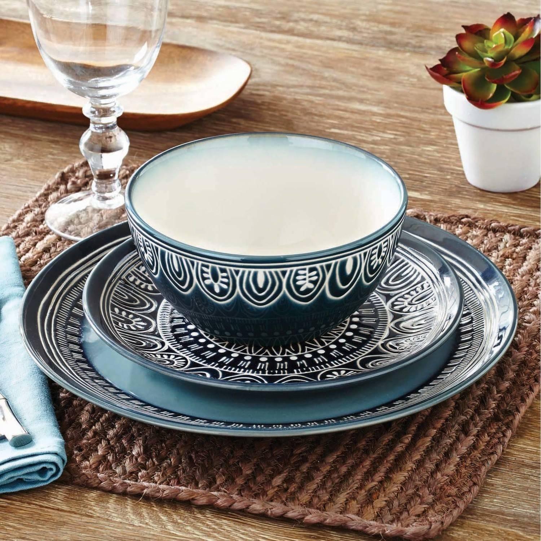 Madison Art Center Design: Fine Porcelain Dinnerware Sets