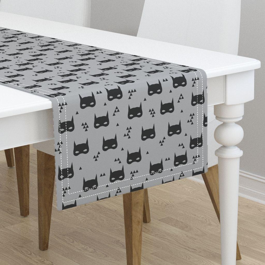Madison Art Center Design: Grey Table Runner Character